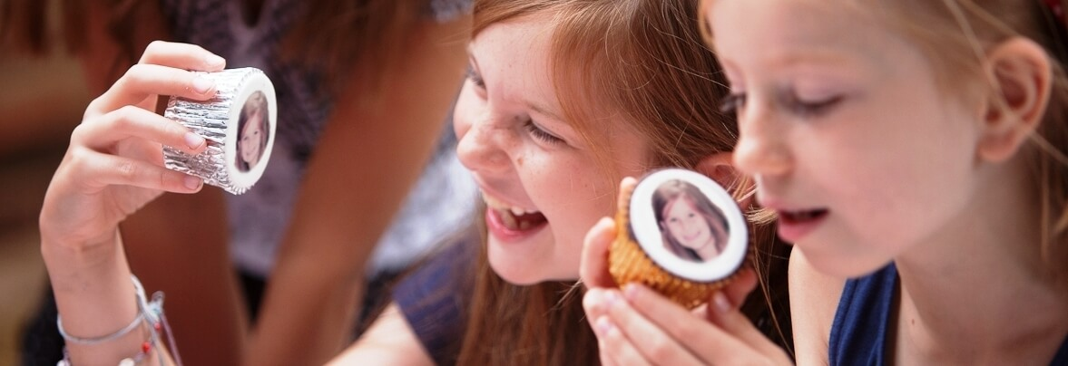 Caketoppers - Personalised Cakes & Cupcakes - Next Day ...