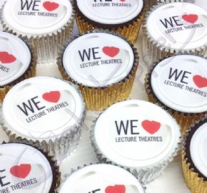 We heart lecture theatre cupcakes