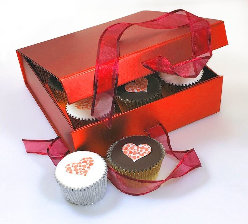 Love Heart Cupcakes Gift Box Red