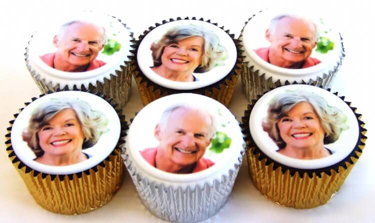 6 Cupcakes with multiple photos