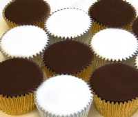 Undecorated Iced Cupcakes